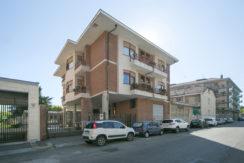 Grande appartamento in vendita in Borgata Parella (TO)